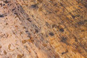 Floor laminate water damage